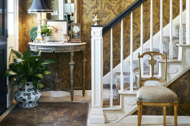Terry Lowdermilk has been providing custom interior designs for over 40 years